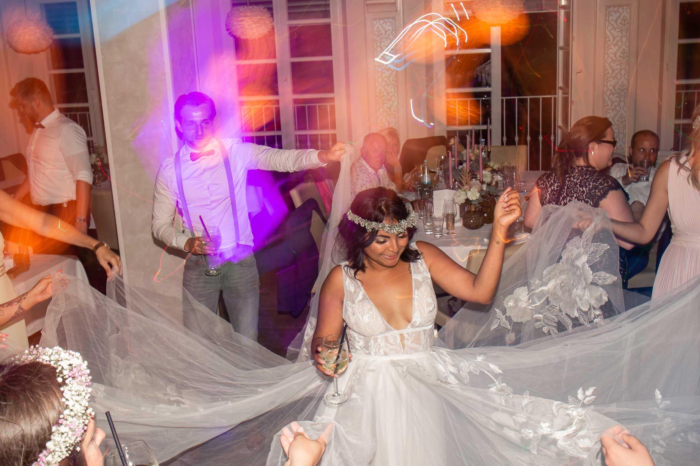 Authentische Hochzeitsfotografie Hochzeitsfotograf Koeln Andre Bastos Fotoggrafie 47 min – gesehen bei frauimmer-herrewig.de