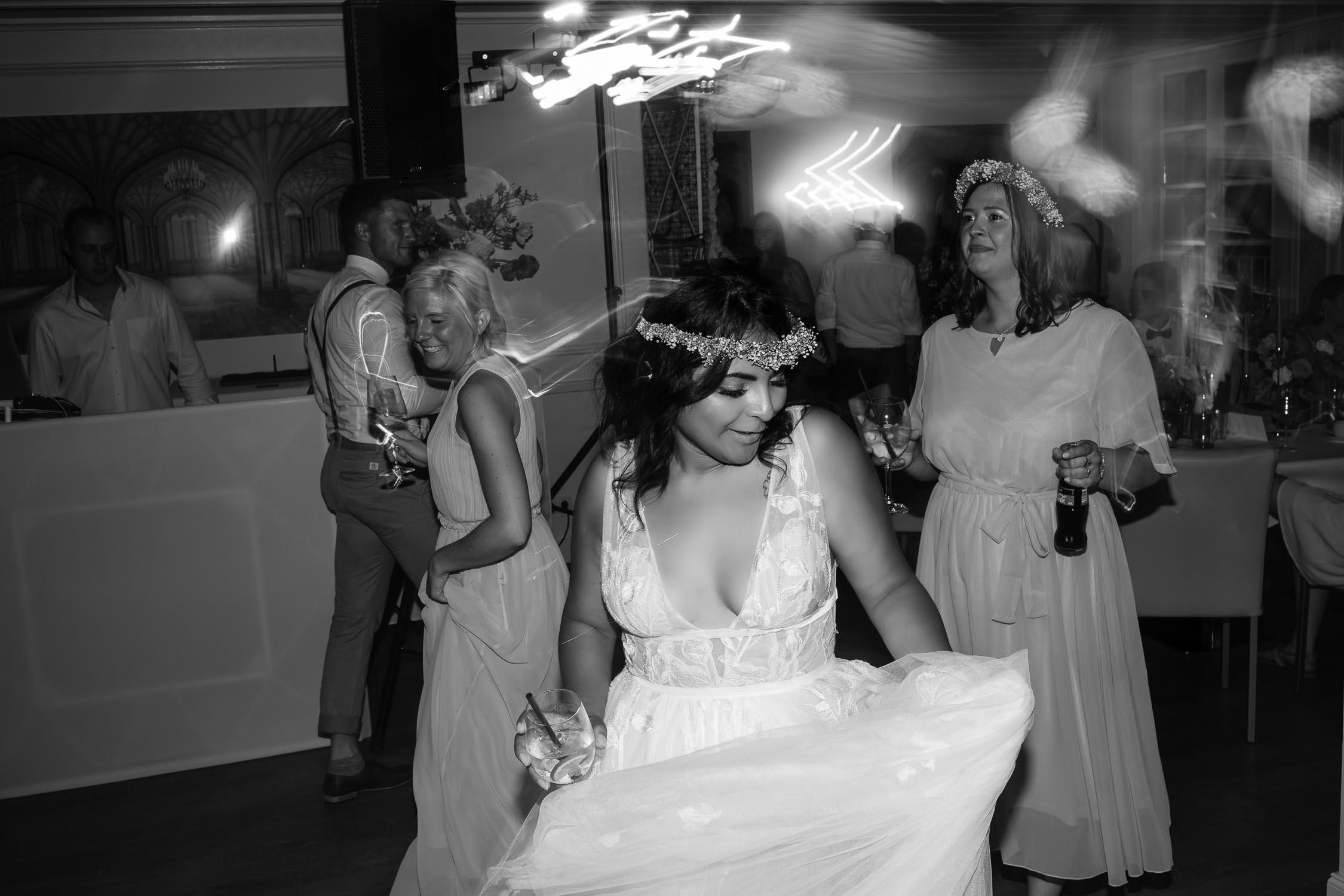 Authentische Hochzeitsfotografie Hochzeitsfotograf Koeln Andre Bastos Fotoggrafie 48 min – gesehen bei frauimmer-herrewig.de