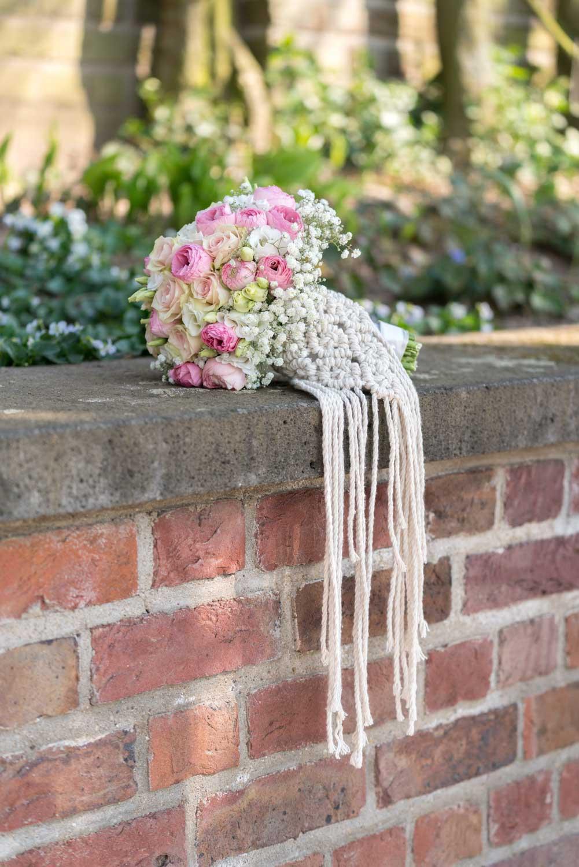 Hochzeitsfotografie Koeln Behind The Curtain Photography 007 – gesehen bei frauimmer-herrewig.de