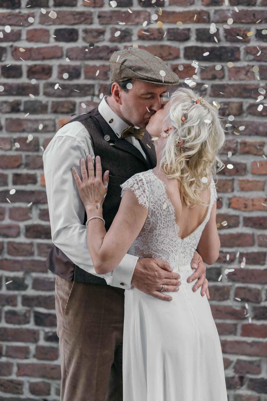 Hochzeitsfotografie Koeln Behind The Curtain Photography 014 – gesehen bei frauimmer-herrewig.de