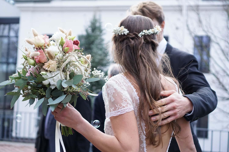 Hochzeitsfotografie Koeln Behind The Curtain Photography 024 – gesehen bei frauimmer-herrewig.de