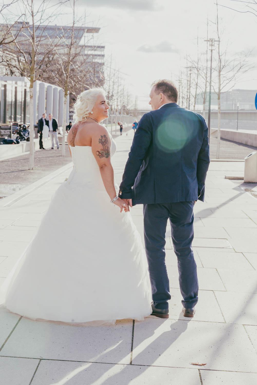 Hochzeitsfotografie Koeln Behind The Curtain Photography 034 – gesehen bei frauimmer-herrewig.de