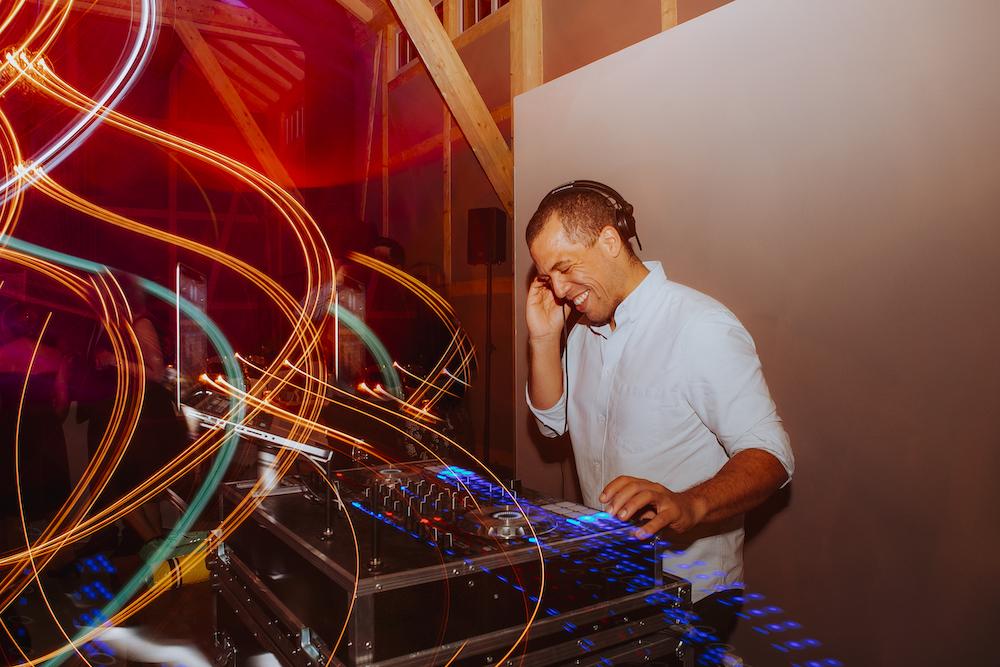 DJ für eure Hochzeitsfeier – gesehen bei frauimmer-herrewig.de