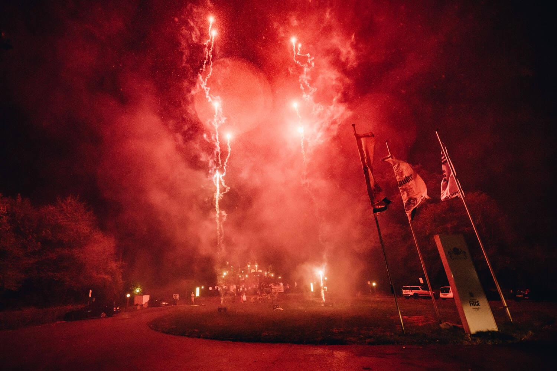 Feuerwerk bei der Hochzeitsfeier – gesehen bei frauimmer-herrewig.de