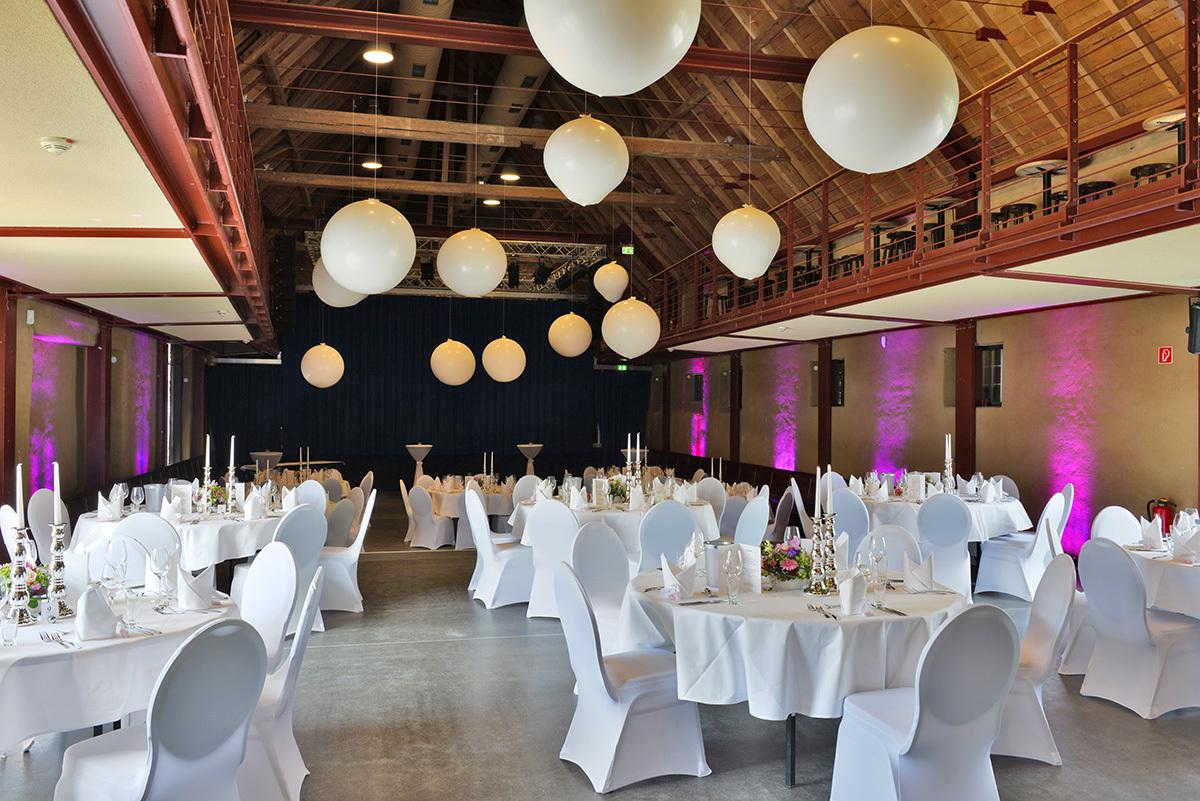 Eltzhof Saal Hochzeitslocation – gesehen bei frauimmer-herrewig.de
