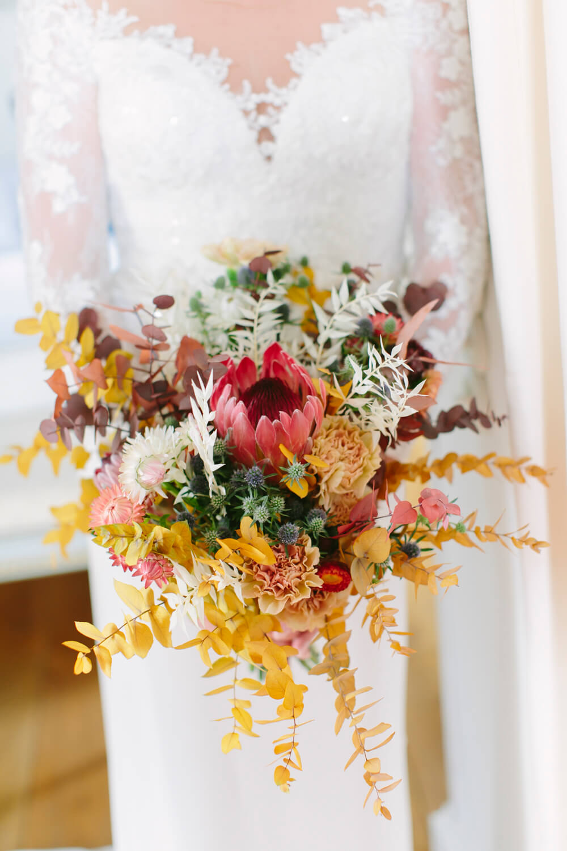 Brautstrauß in Herbsttönen – gesehen bei frauimmer-herrewig.de