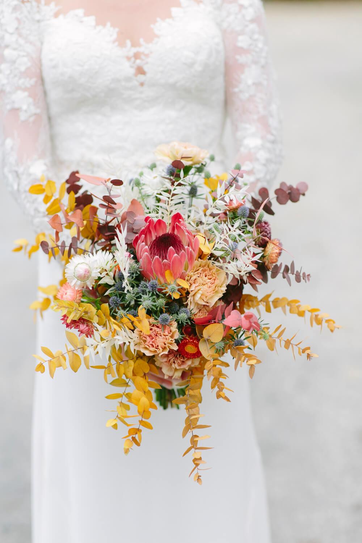 Brautstrauß in Herbstfarben – gesehen bei frauimmer-herrewig.de