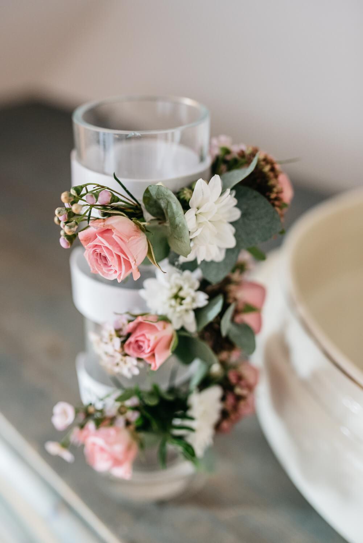 florale Anstecker – gesehen bei frauimmer-herrewig.de