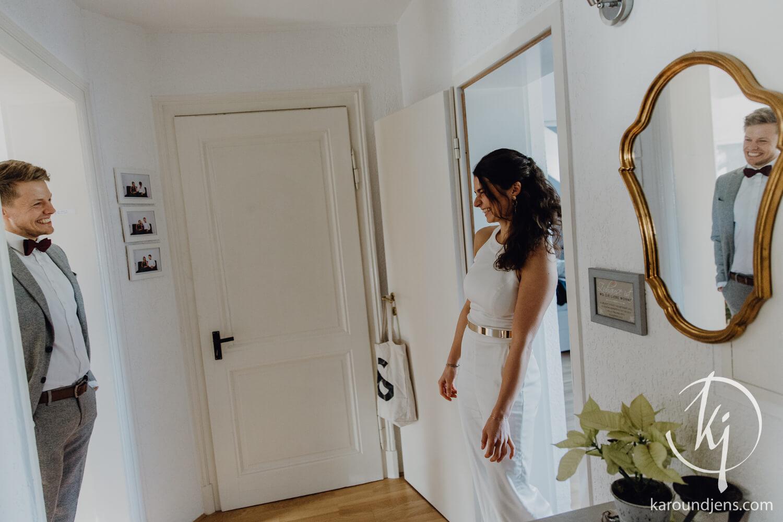 Hochzeitsfotograf koeln bonn duesseldorf karoundjens jens wenzel karolin schell 100 JW 35969 – gesehen bei frauimmer-herrewig.de