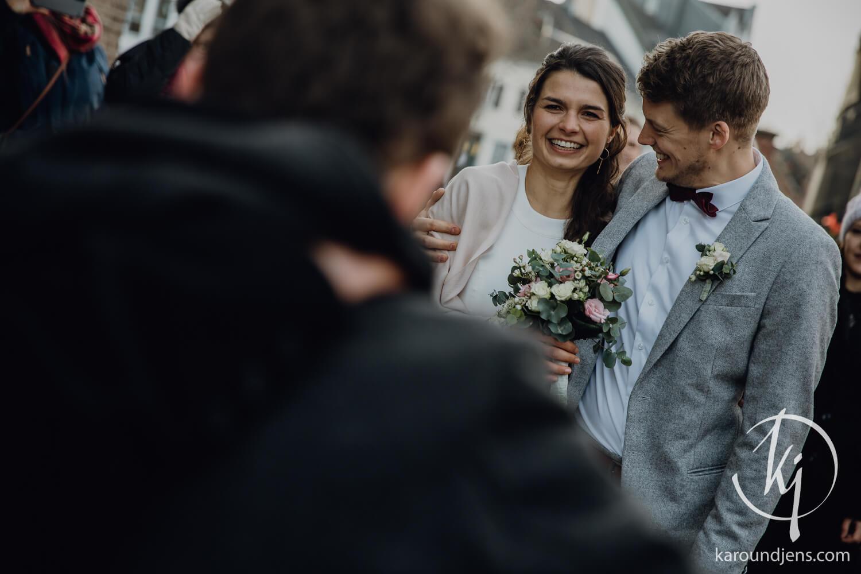 Hochzeitsfotograf koeln bonn duesseldorf karoundjens jens wenzel karolin schell 102 JW 36446 – gesehen bei frauimmer-herrewig.de