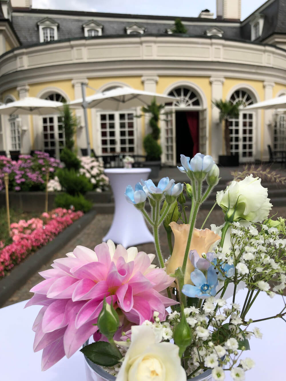 La Redoute Bonn Terrasse freie Trauung – gesehen bei frauimmer-herrewig.de