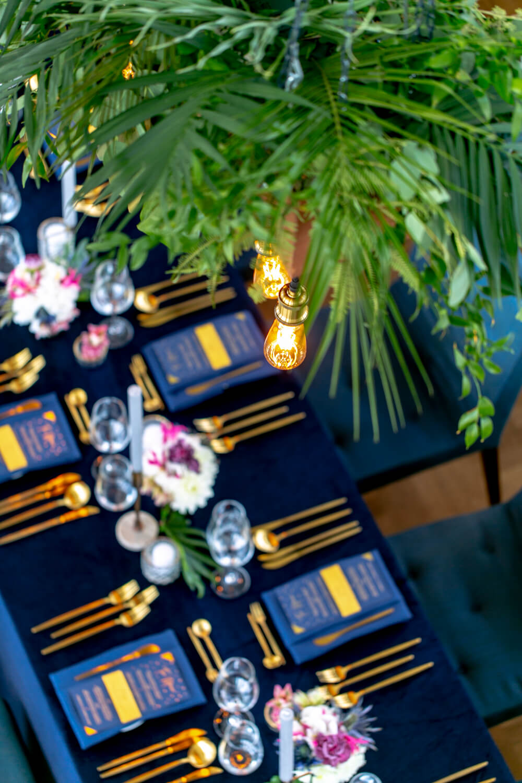 Tischdeko Hochzeit gold – gesehen bei frauimmer-herrewig.de