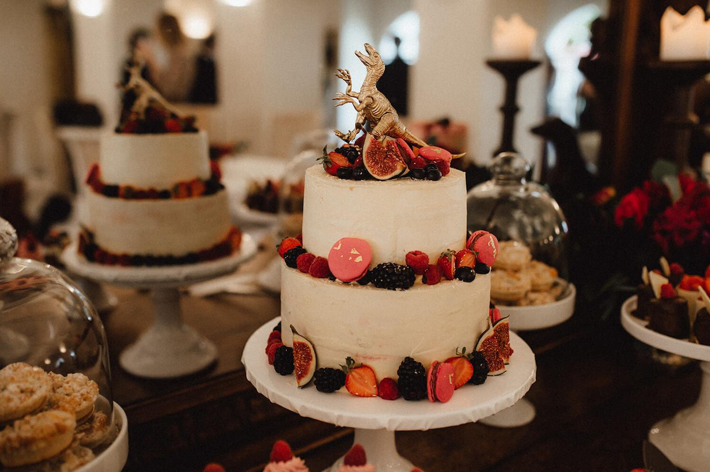Hochzeitstorte mit Früchten – gesehen bei frauimmer-herrewig.de