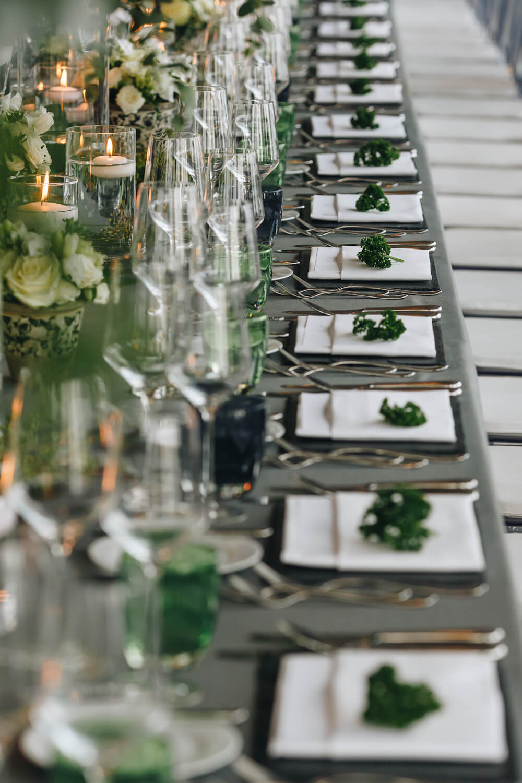 Tischservice für die Petersilien Hochzeit – gesehen bei frauimmer-herrewig.de