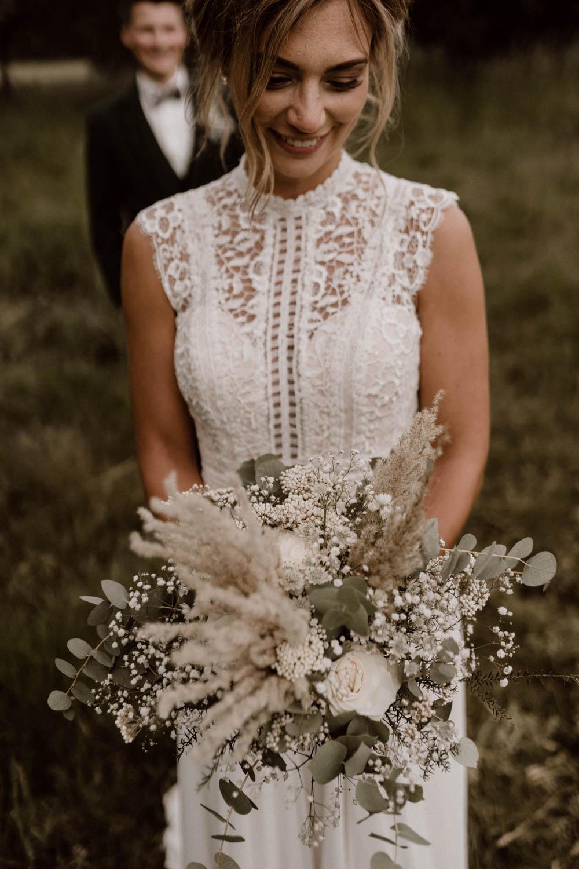 Brautstrauß in Naturtönen – gesehen bei frauimmer-herrewig.de