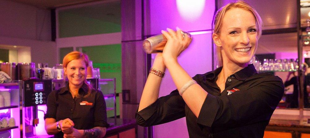 Longdrinks Hochzeit Tafelfreuden Event Catering – gesehen bei frauimmer-herrewig.de