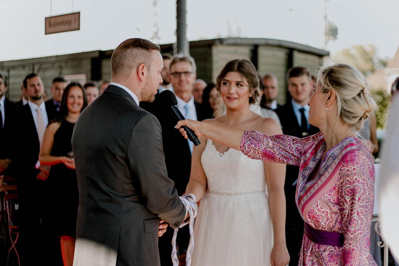 Trauzeiten Hochzeitsrituale blog rituale 5 – gesehen bei frauimmer-herrewig.de
