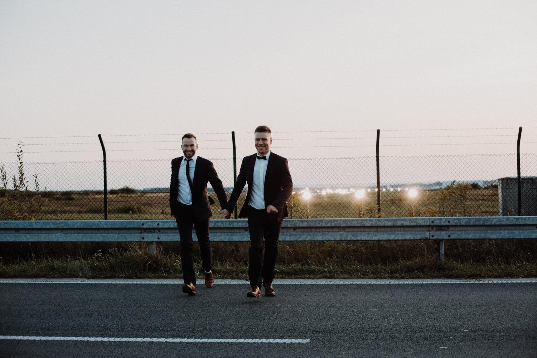 Vivi und Kate Hochzeitsfotografie 08