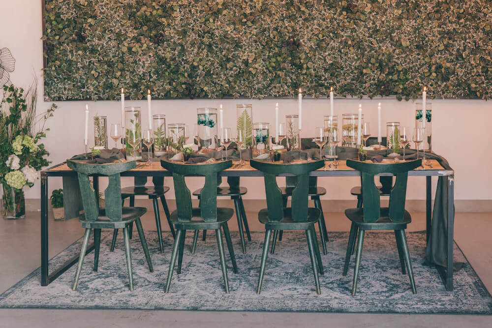 Greenery Wedding Tischdeko – gesehen bei frauimmer-herrewig.de
