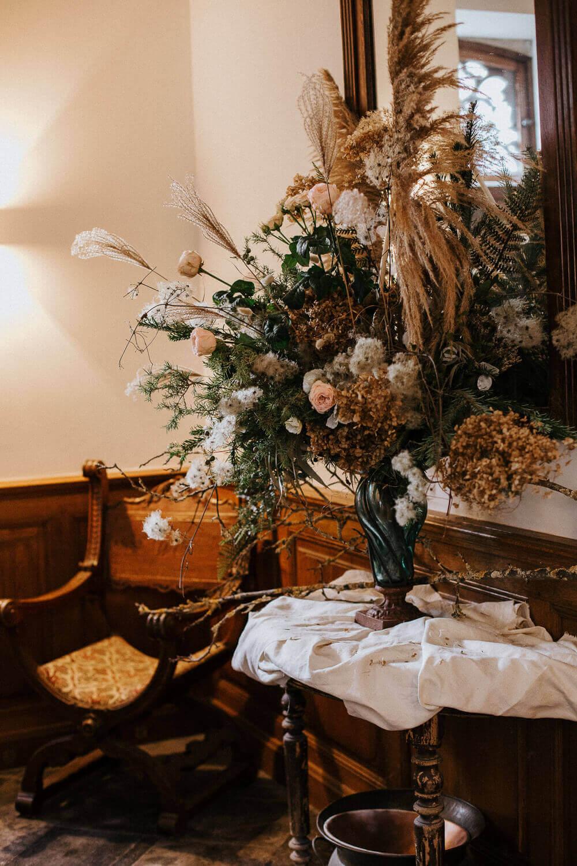 Florale Hochzeitsdeko – gesehen bei frauimmer-herrewig.de