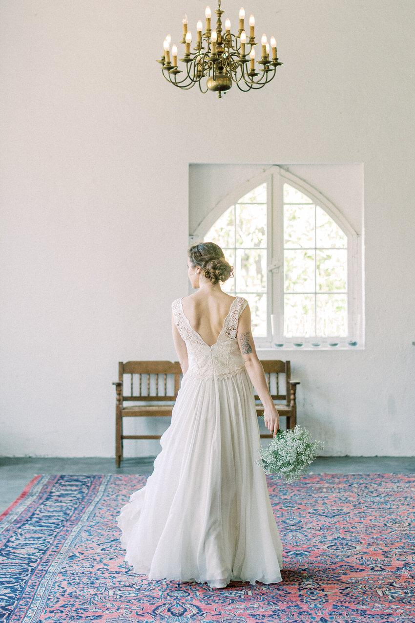 langes Brautkleid mit Tellerrock – gesehen bei frauimmer-herrewig.de