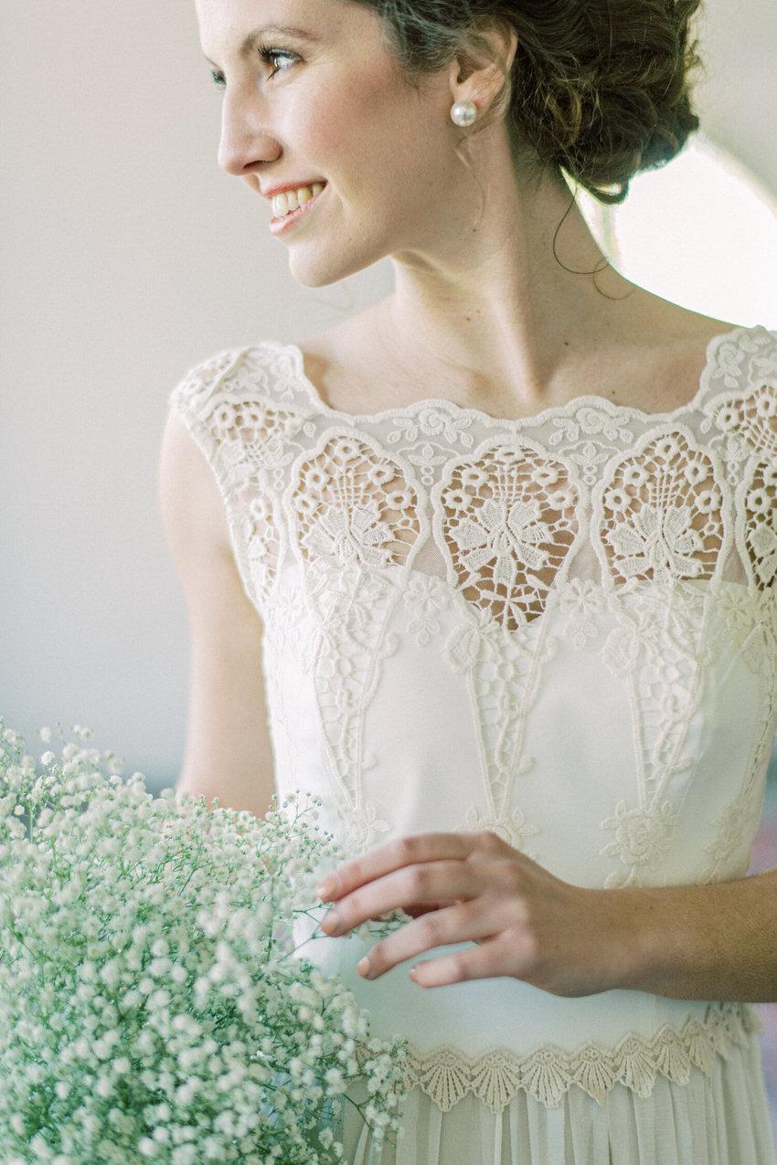 langes Brautkleid mit Spitze – gesehen bei frauimmer-herrewig.de