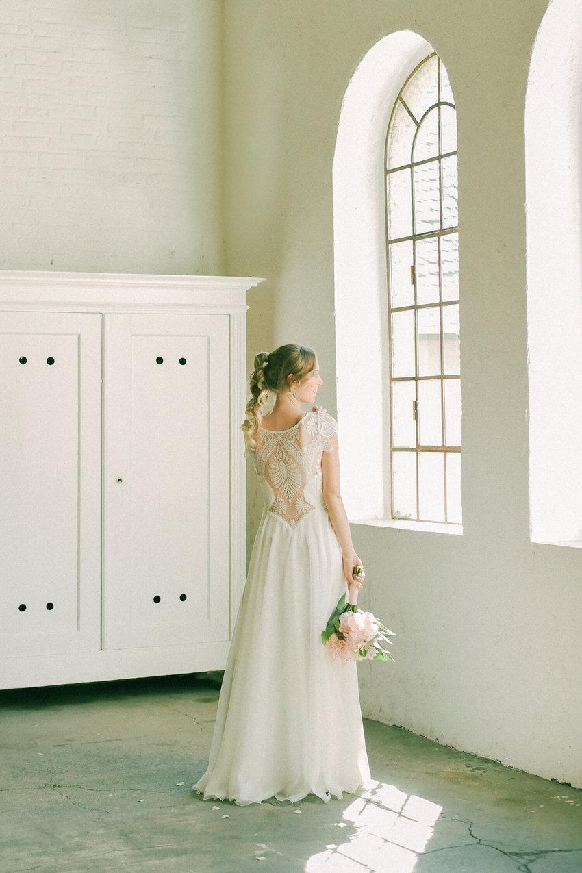 langes, weißes Brautkleid aus Köln – gesehen bei frauimmer-herrewig.de