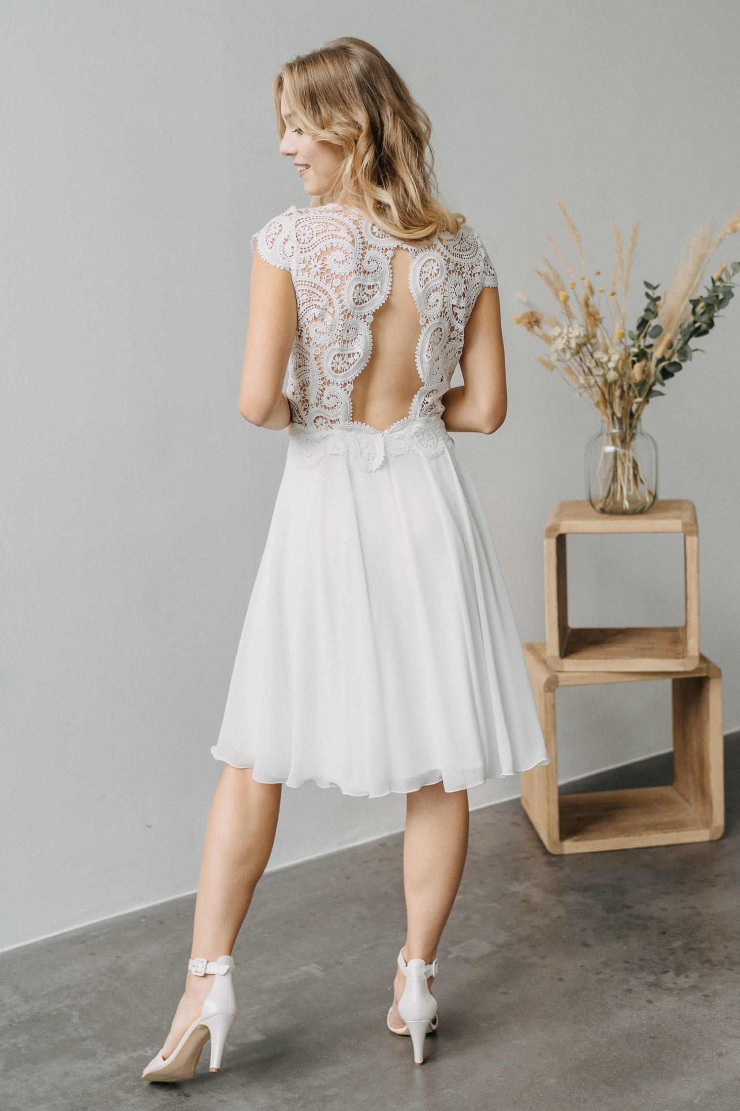 2021 Claudia Heller Brautmode Brautkleid Fleur 7 min – gesehen bei frauimmer-herrewig.de