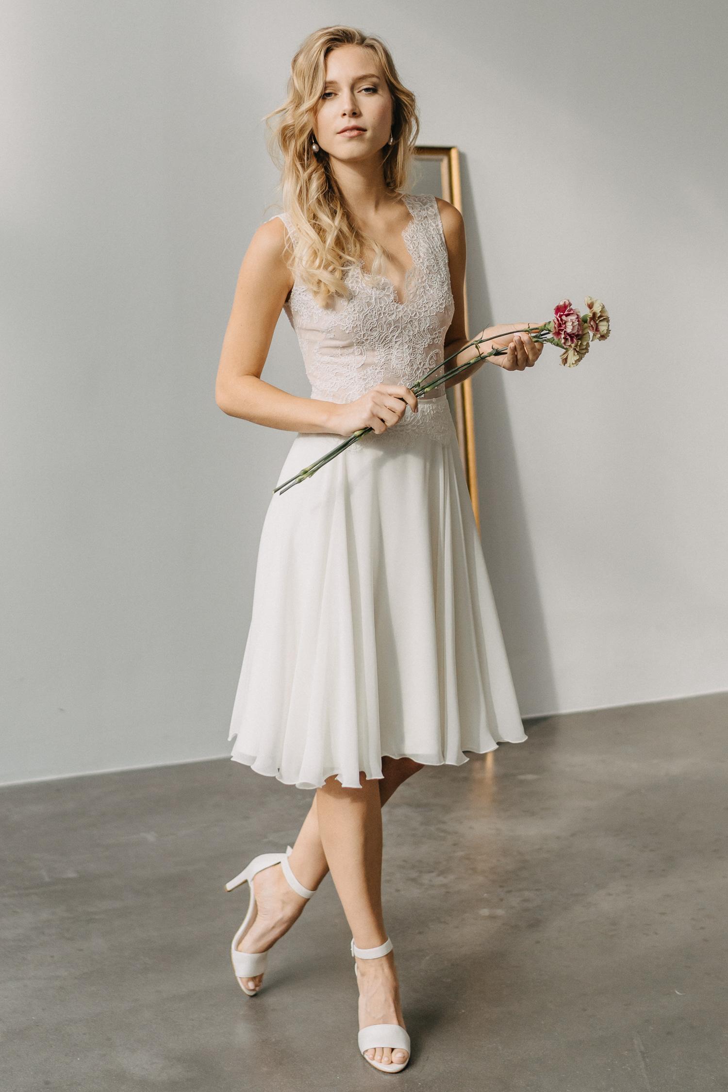 2021 Claudia Heller Brautmode Brautkleid Lilli 8 – gesehen bei frauimmer-herrewig.de
