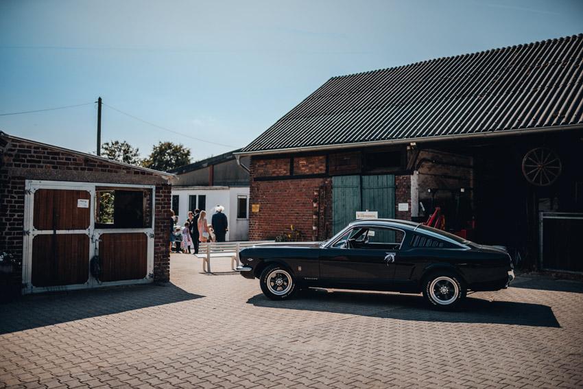 Hochzeit auf dem Reiterhof – gesehen bei frauimmer-herrewig.de