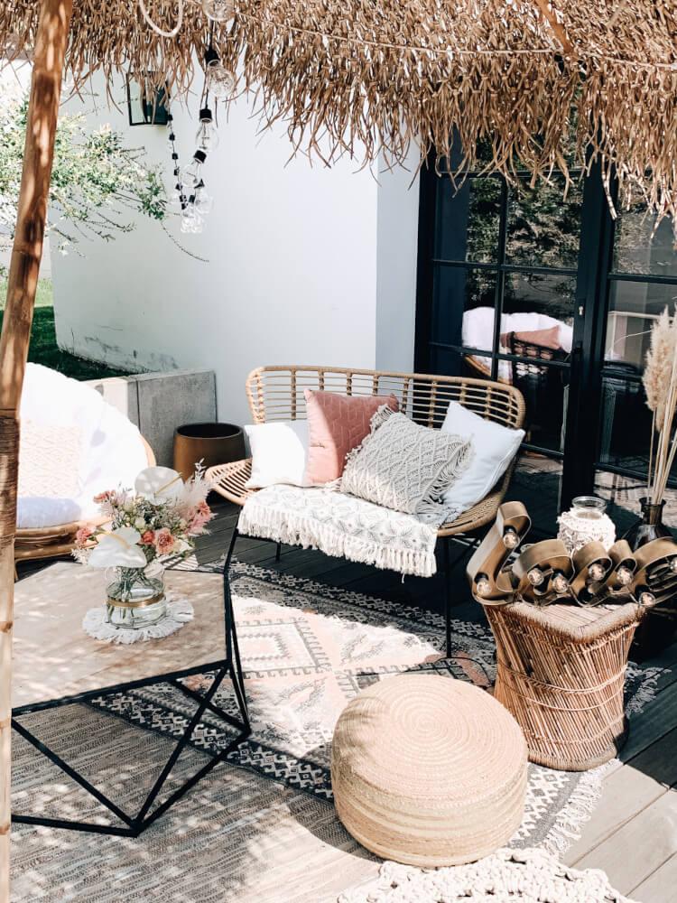 Outdoor Lounge Sommerhochzeit – gesehen bei frauimmer-herrewig.de