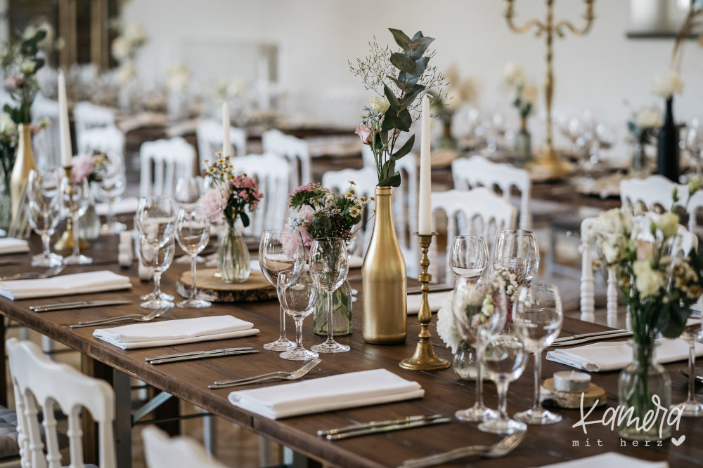 Tischdeko Hochzeit – gesehen bei frauimmer-herrewig.de