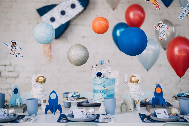 Tischdeko Kindergeburtstag Astronauten – gesehen bei frauimmer-herrewig.de