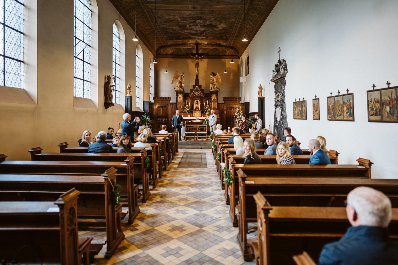 Trauung im Nikolauskloster Jüchen – gesehen bei frauimmer-herrewig.de