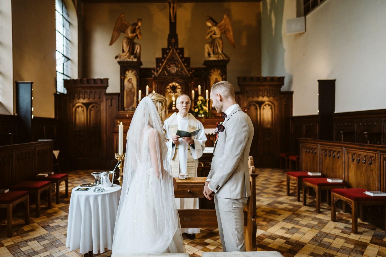 Ehepaar gibt sich das Ja-Wort – gesehen bei frauimmer-herrewig.de