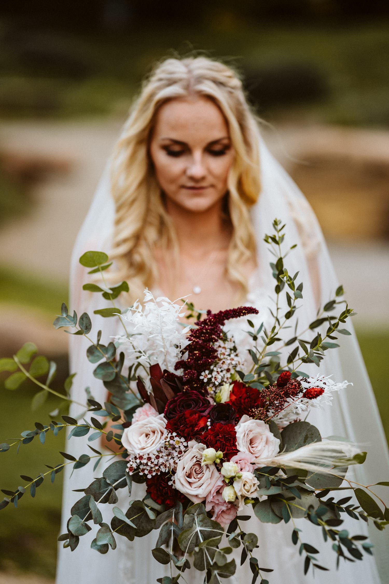 Hochzeitsfotoshooting der Braut – gesehen bei frauimmer-herrewig.de