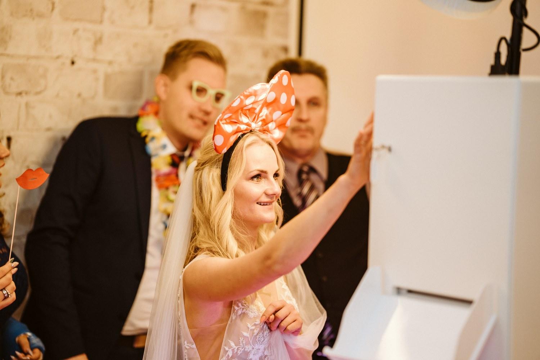 Photobooth für Hochzeitsfotos – gesehen bei frauimmer-herrewig.de