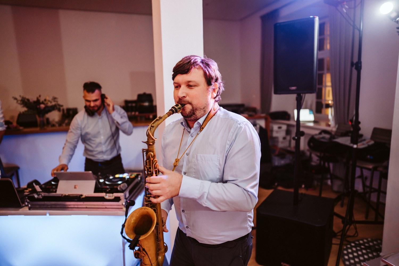 Saxophonist – gesehen bei frauimmer-herrewig.de