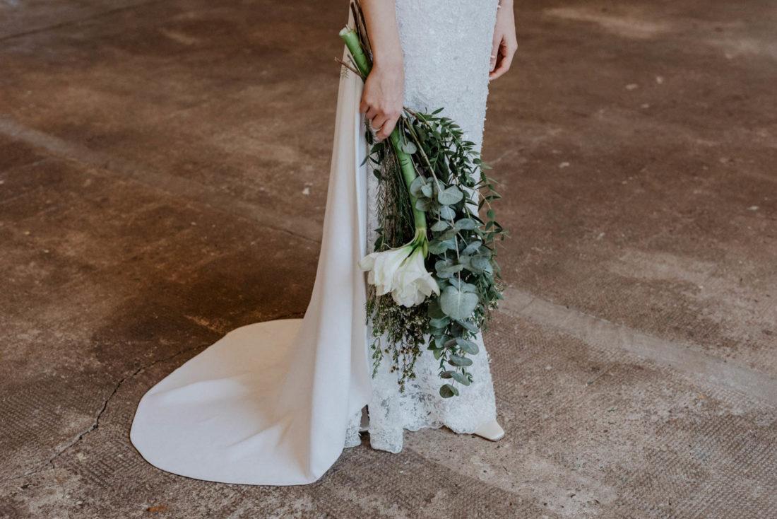 Brautstrauß mit Eukalyptus – gesehen bei frauimmer-herrewig.de