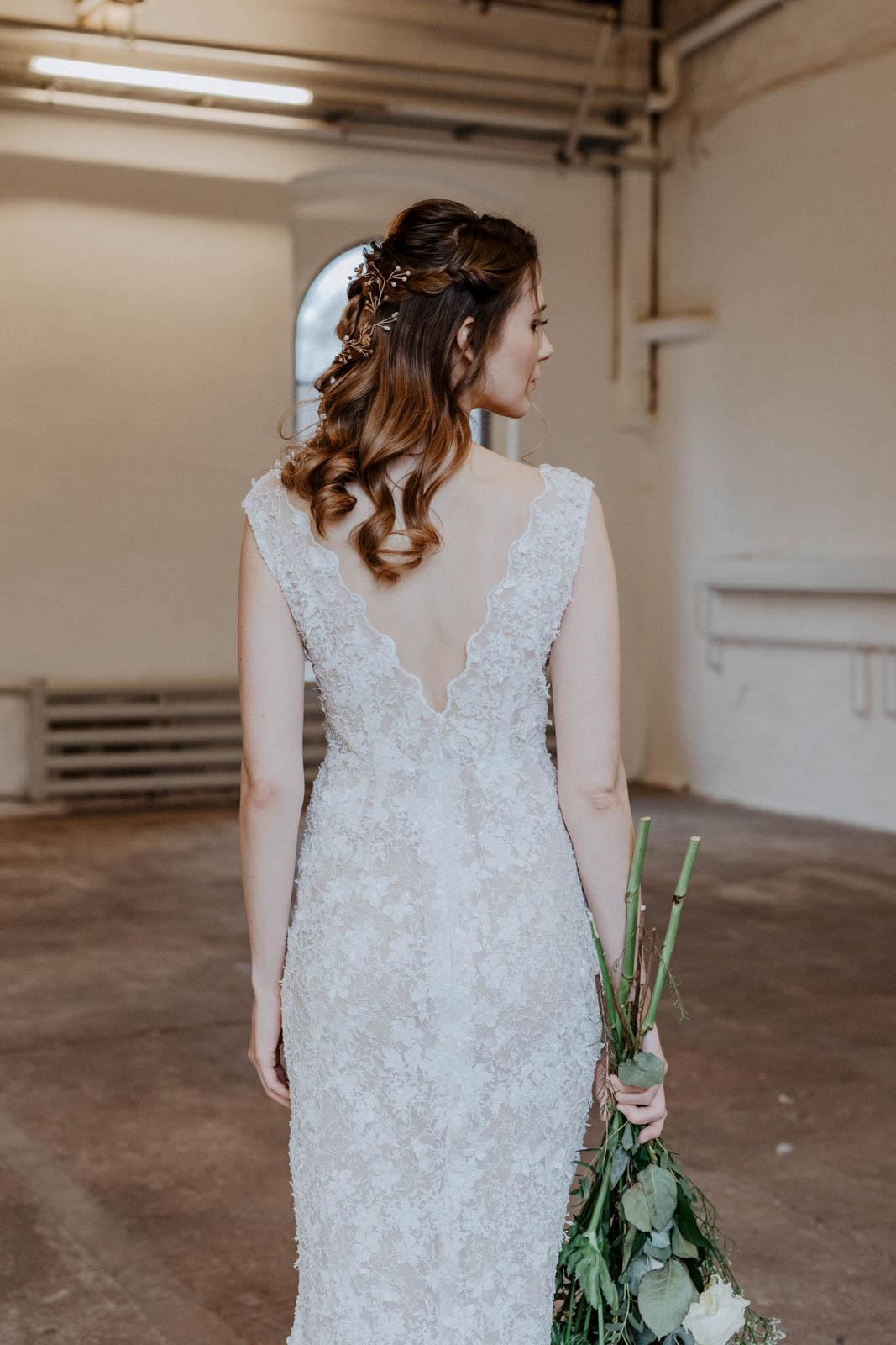 Brautkleid mit Spitze – gesehen bei frauimmer-herrewig.de