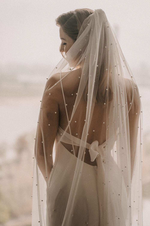 Braut mit langem Schleier – gesehen bei frauimmer-herrewig.de