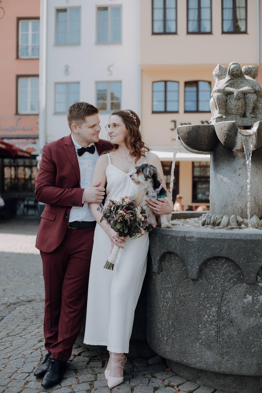 Hochzeitsfotoshooting auf dem Altermarkt – gesehen bei frauimmer-herrewig.de