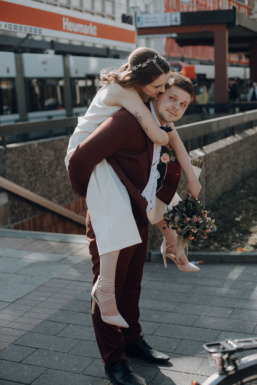 Hochzeitsfotoshooting in Köln – gesehen bei frauimmer-herrewig.de