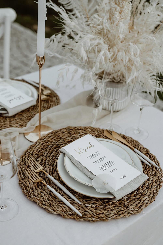 Elegantes Besteck in gold-weiß  – gesehen bei frauimmer-herrewig.de