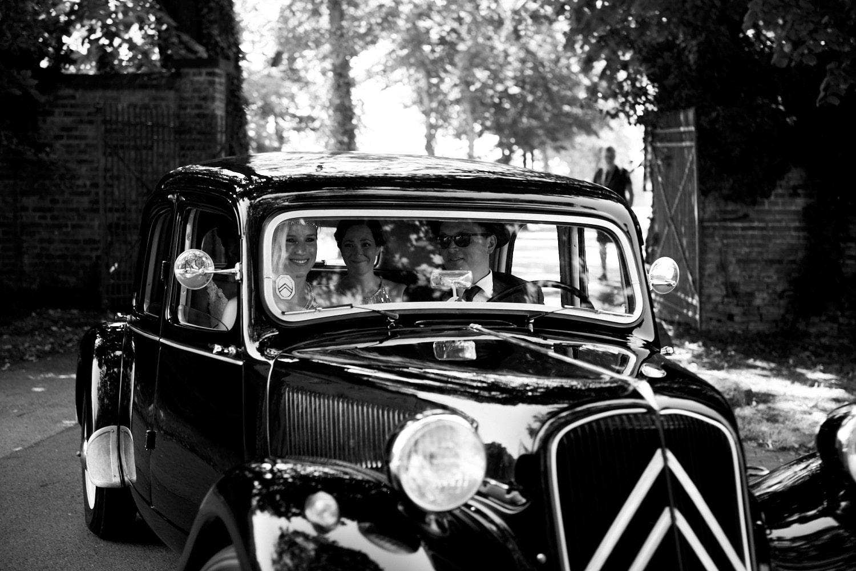 Oldtimer für die Hochzeit – gesehen bei frauimmer-herrewig.de