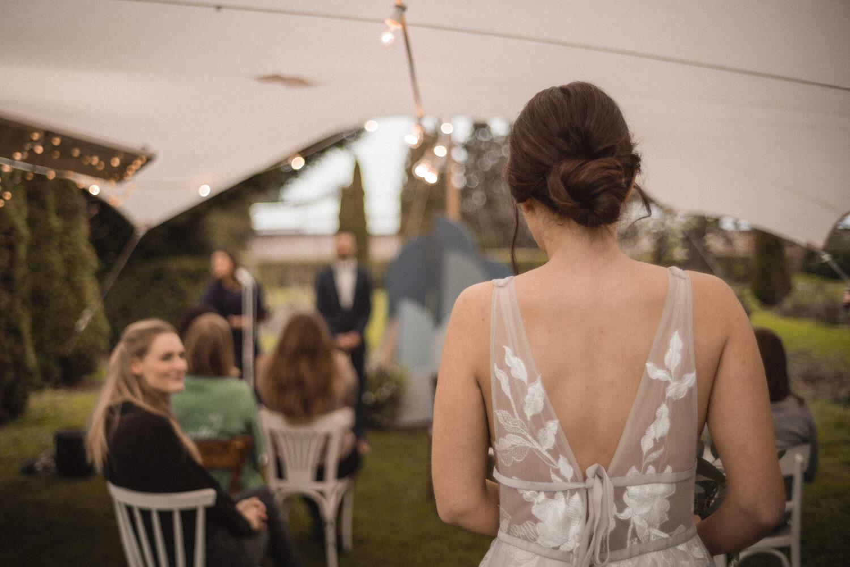 Freie Trauung mit Hochzeitszelt – gesehen bei frauimmer-herrewig.de