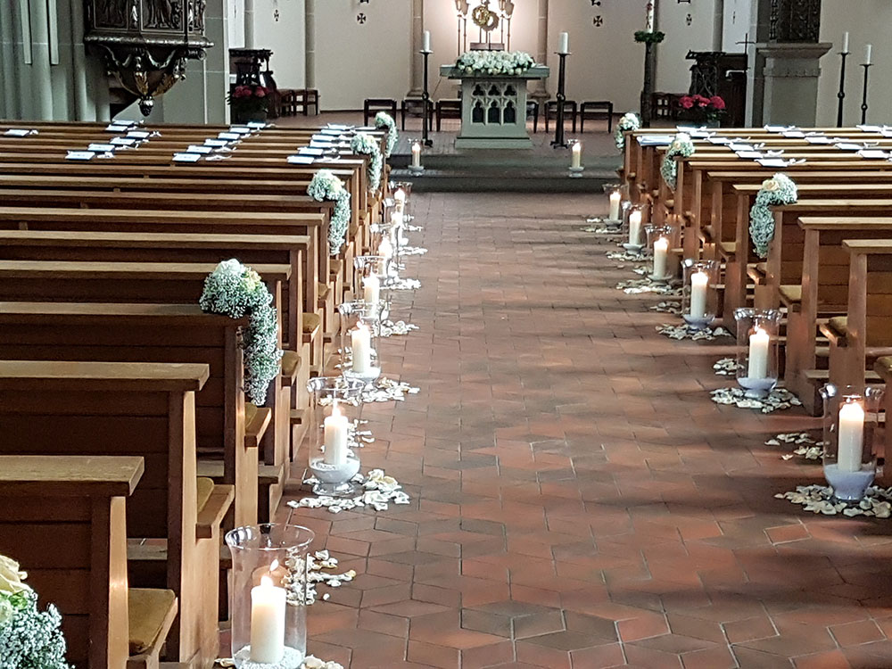 Florist hochzeit bergisch gladbach brautstrau event for Dekoration hochzeit kirche
