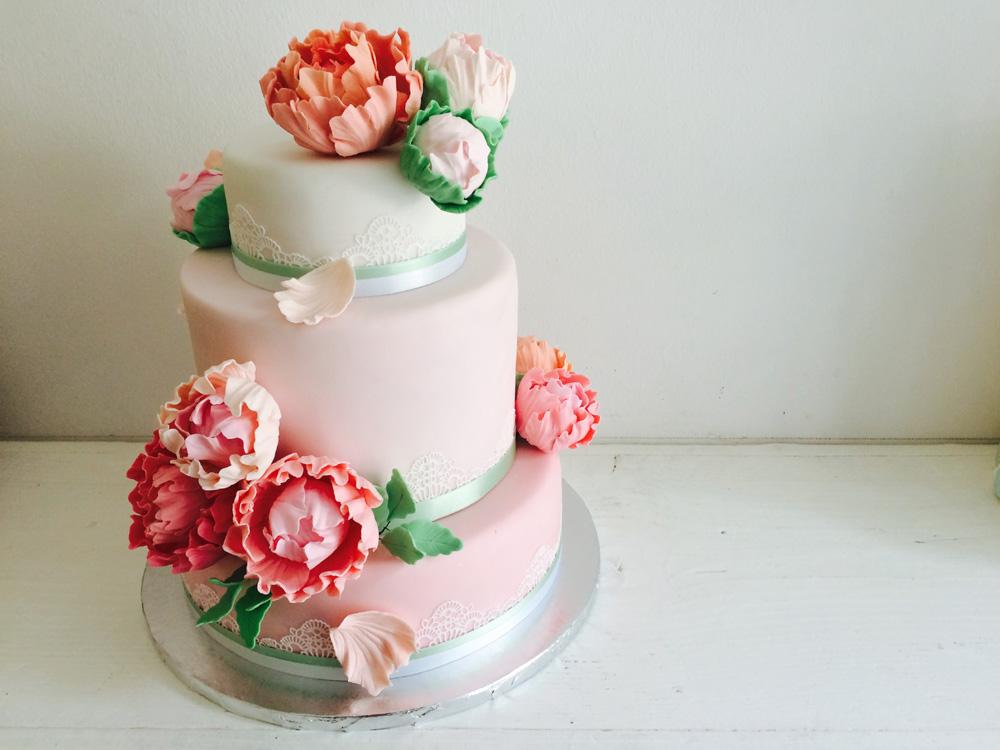 Hochzeitstorte Koln Bonn Torten Cupcakes Hochzeit Dehly Desander